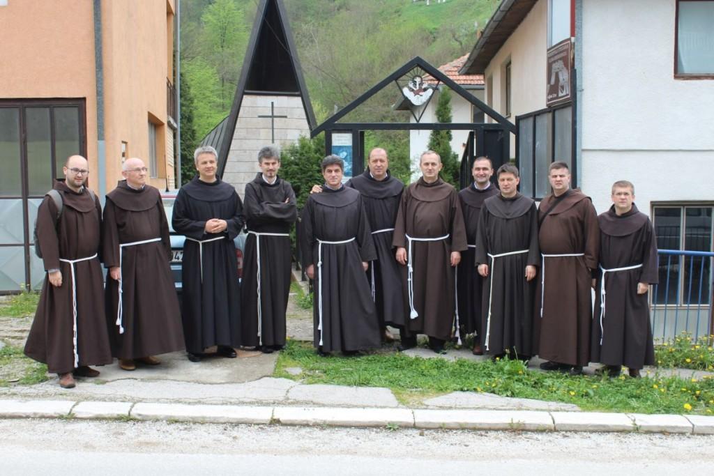 Nova Uprava Provincije Bosne Srebrene, koja je izabrana na zasjedanju provincijskog Kapitula prije tri dana, posjetila je danas Srebrenicu i kapelu Sv. Marije. ( Prijatelji Srebrenice - Anadolu Agency )